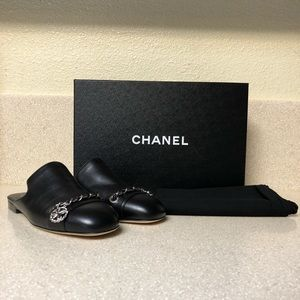 Chanel Chained Lambskin Mule Black Sz 35 / 5